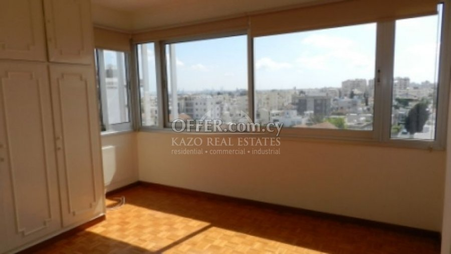 Office Commercial in Agia Zoni Limassol - 5