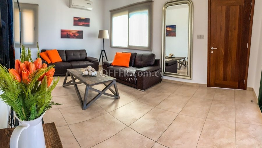 THREE BEDROOM DETACHED HOUSE  WITH POOL IN PISSOURI AREA - 6