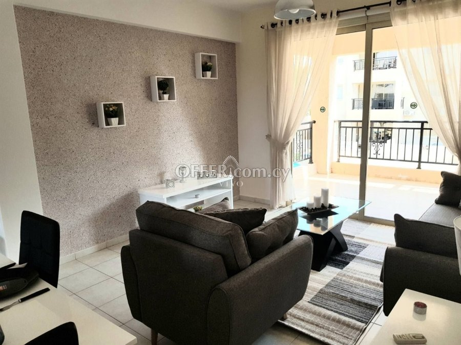 RESALE 2 BEDROOM APARTMENT NEAR THE TOMBS OF THE KINGS - 5