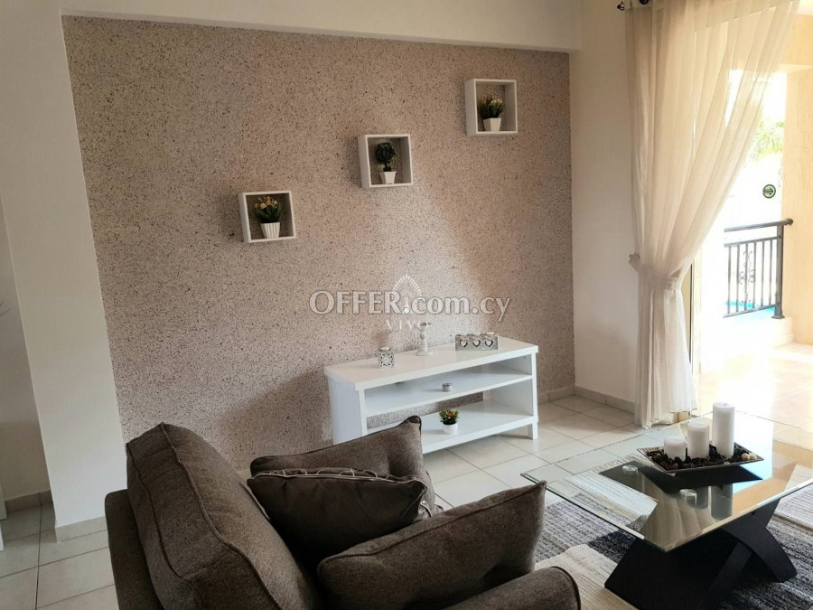 RESALE 2 BEDROOM APARTMENT NEAR THE TOMBS OF THE KINGS - 6