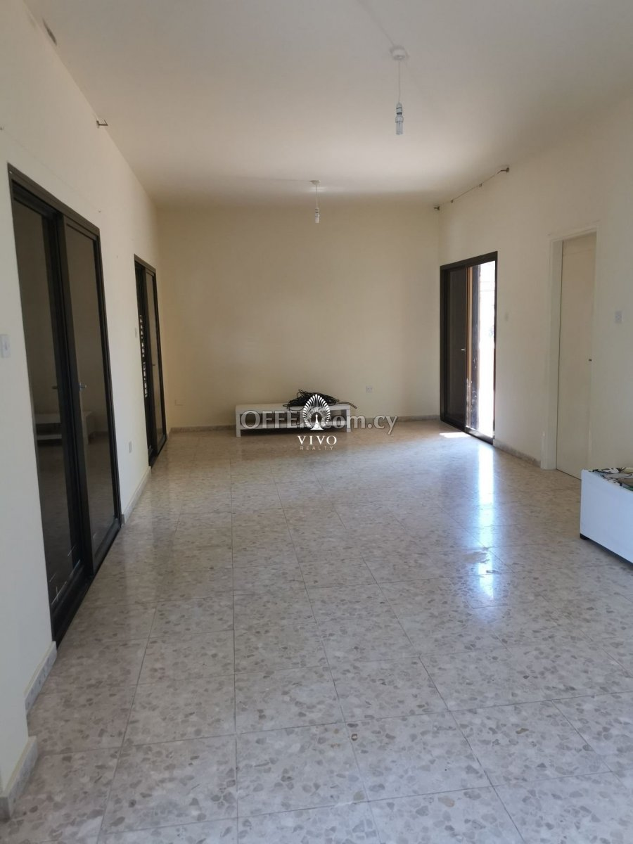 THREE BEDROOMS GROUND FLOOR HOUSE FOR RENT - 5