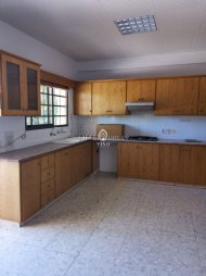 THREE BEDROOMS GROUND FLOOR HOUSE FOR RENT - 4