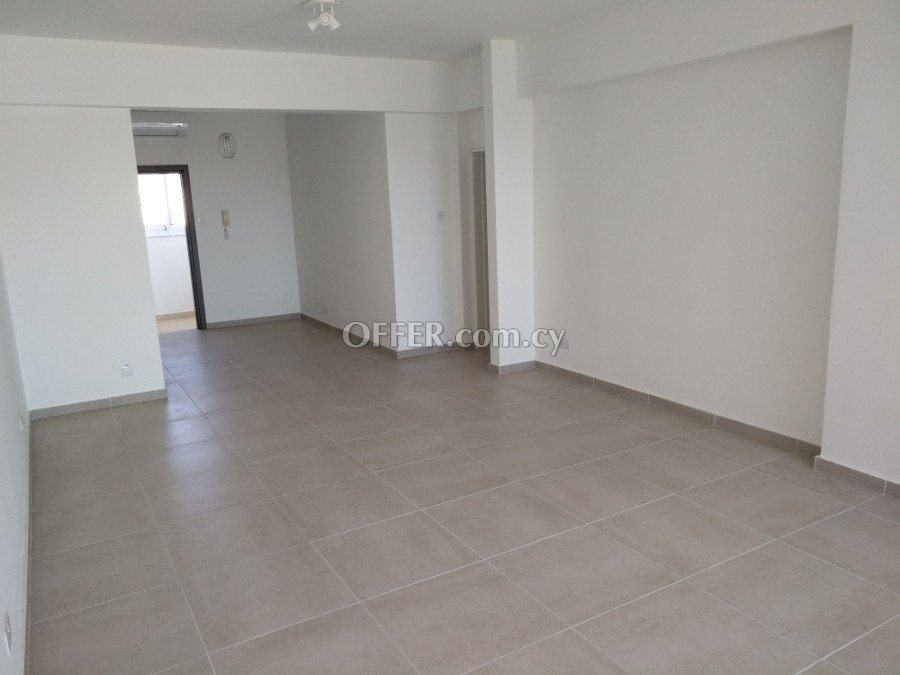 Modern 2 bedroom apartment for rent in Limassol centre - 2