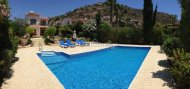 MODERN 3 BEDROOM DETACHED VILLA IN PISSOURI BAY