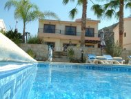 STUNNING 3 BEDROOM DETACHED VILLA IN PISSOURI AREA