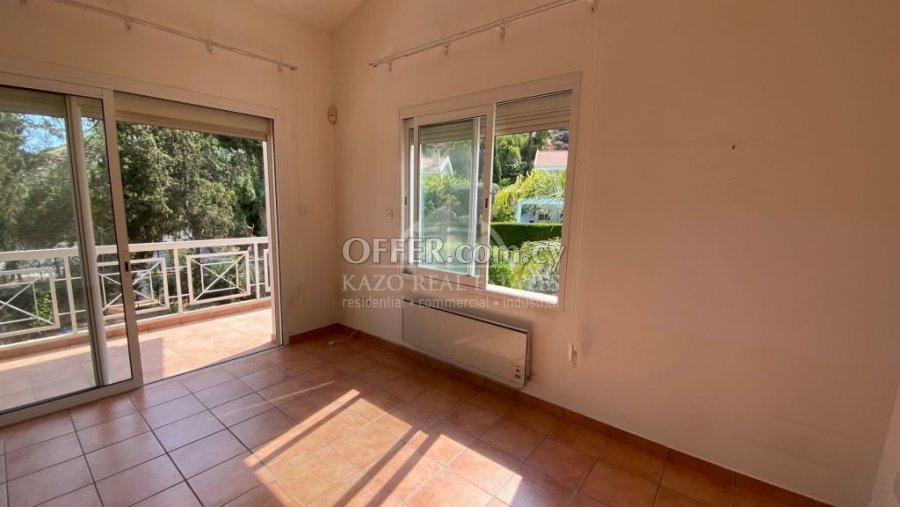 House Detached in Agios Tychonas Limassol - 3