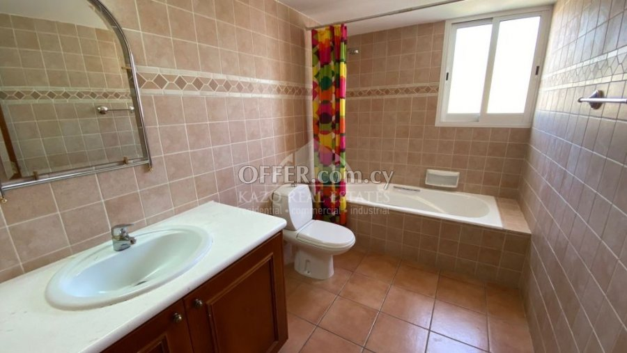 House Detached in Agios Tychonas Limassol - 5