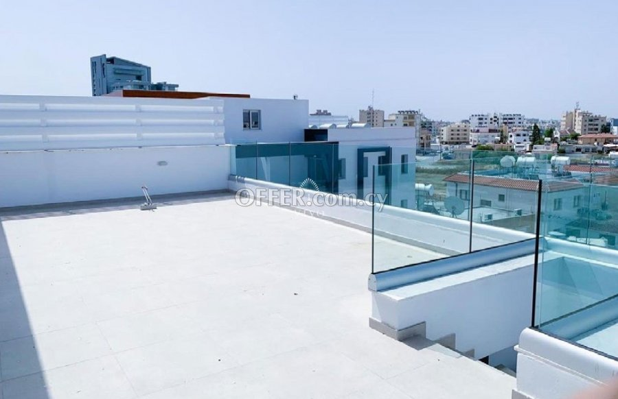 TWO BEDROOM APARTMENT 5 MIN FROM LARNACA CITY CENTER - 4