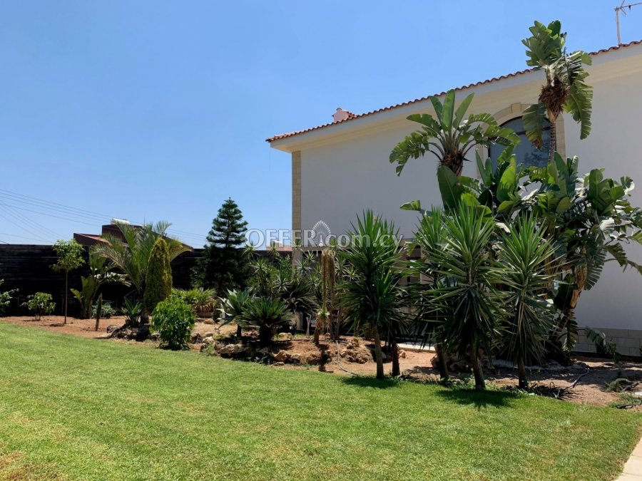 SEA VIEW  FOUR BEDROOM VILLA WITH LARGE GARDEN  FOR RENT - 5