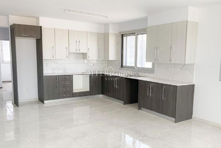 TWO BEDROOM APARTMENT 5 MIN FROM LARNACA CITY CENTER - 5