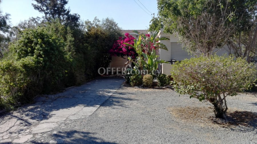 THREE BEDROOM DETACHED HOUSE IN KATO POLEMIDIA - 6