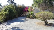 THREE BEDROOM DETACHED HOUSE IN KATO POLEMIDIA - 2