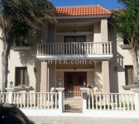 4-BED FURNISHED VILLA FOR SALE, IN ZYGI, WITHIN WALKING DISTANCE TO THE SEA - NO VAT