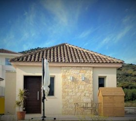2 BED DETACHED HOUSE IN FOINIKARIA FOR RENTAL