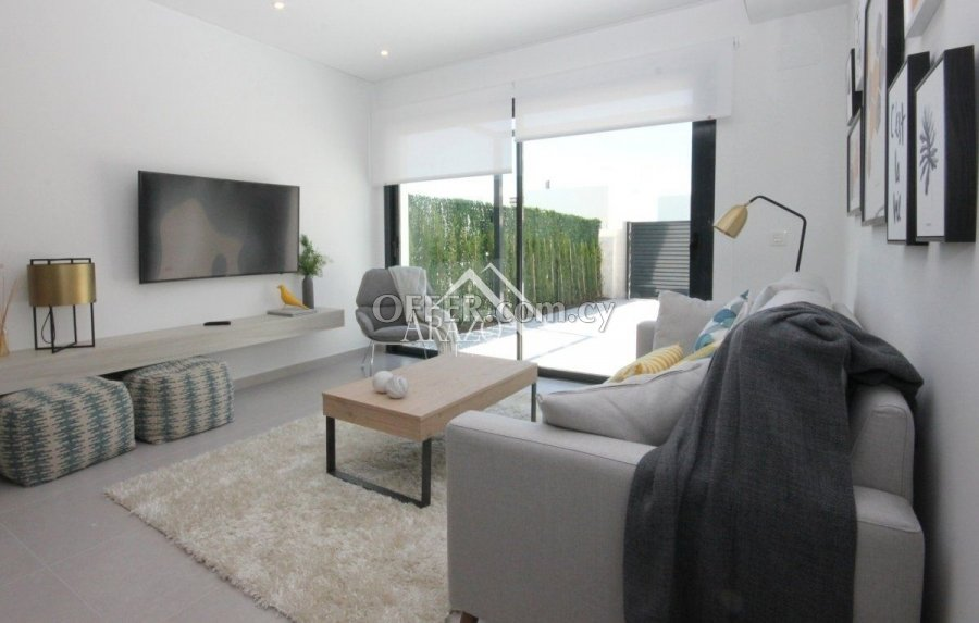 Modern 3 Bedroom Detached Villa, Frenaros - 3