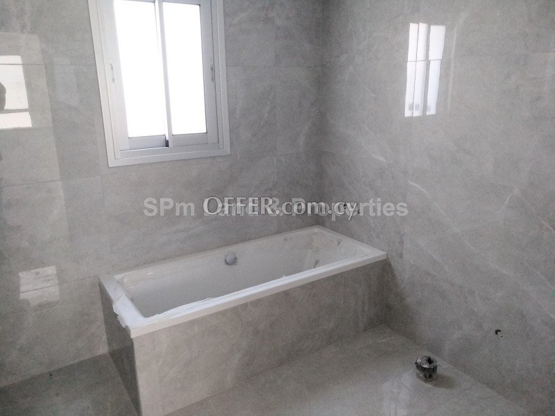 Detached four bedroom house in Ypsonas area, Limassol - 4