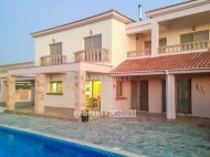 4 bedroom detached villa for sale in Anarita