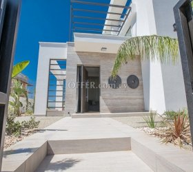 LUXURY VILLAS CLOSE TO THE SEA, FOR SALE IN PROTARAS