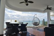 FOUR BEDROOM APARTMENT WITH BREATHTAKING SEA VIEW