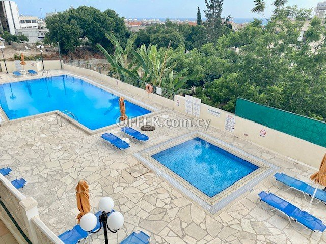 Private Studio with balcony fully furnished in Paphos upper City Centre near all shops bus stop & amenities - 4