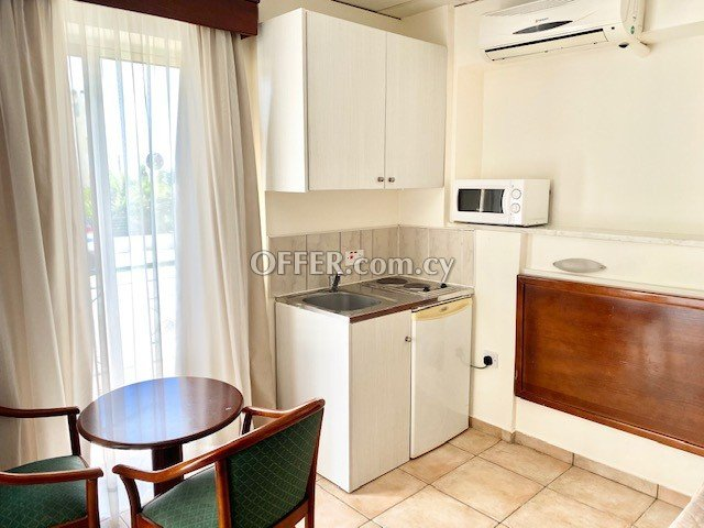 Private Studio with balcony fully furnished in Paphos upper City Centre near all shops bus stop & amenities - 1
