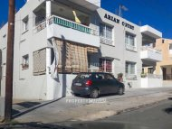 Residential building for sale in Chloraka