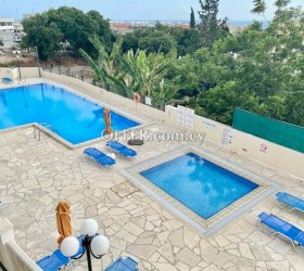 Studio with balcony fully furnished all utilities included Paphos upper City Centre near all shops bus stop & amenities (photo 2)