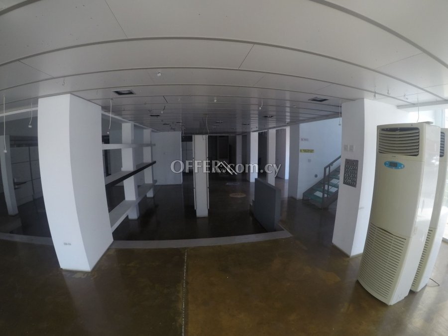 Shop For Rent in Harbor Area, Larnaca - 5