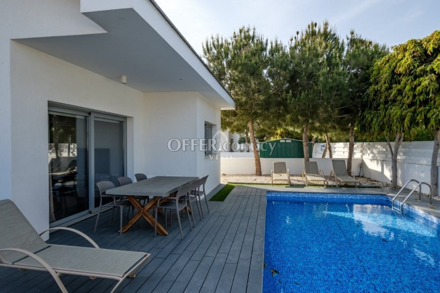 TWO BEDROOM DETACHED HOUSE IN PERIVOLIA AREA - 1