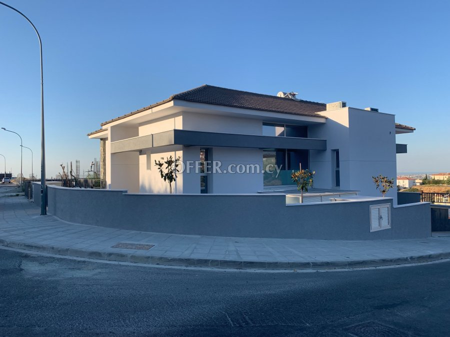 3-bedroom Detached Villa 262 sqm in Limassol (Town) - 6