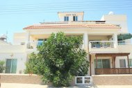 3 Bedrooms Apartment with Title Deed,Paralimni