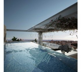 Luxury 3 bedroom flat in the city center of Limassol with roof garden and private swimming pool - 15110