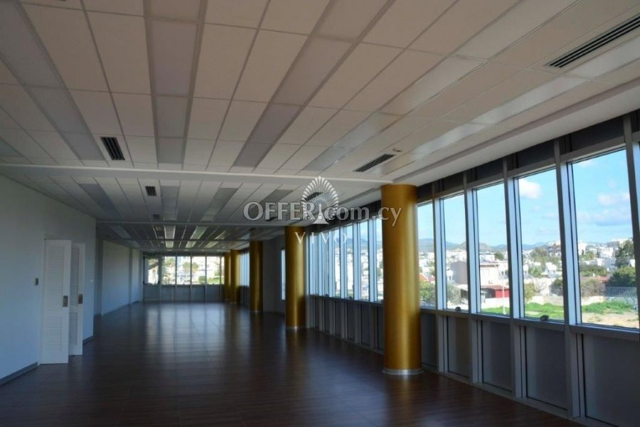 BRAND NEW OFFICE 207 SQM SITUATED IN THE HEART OF LIMASSOL - 6