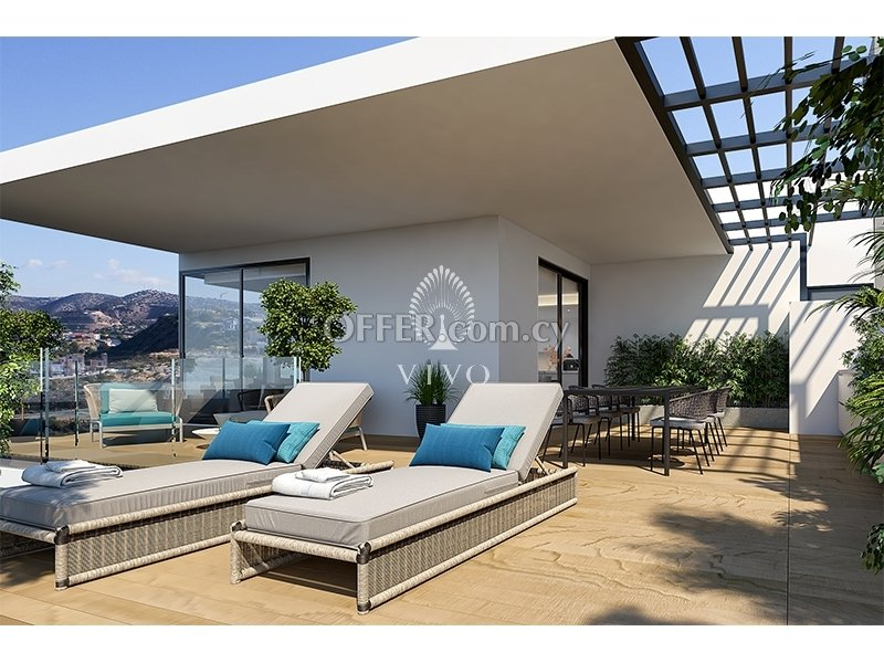 MODERN STYLE PENTHOUSE OF THREE BEDROOMS WITH AMAZING SEA VIEWS!! - 2