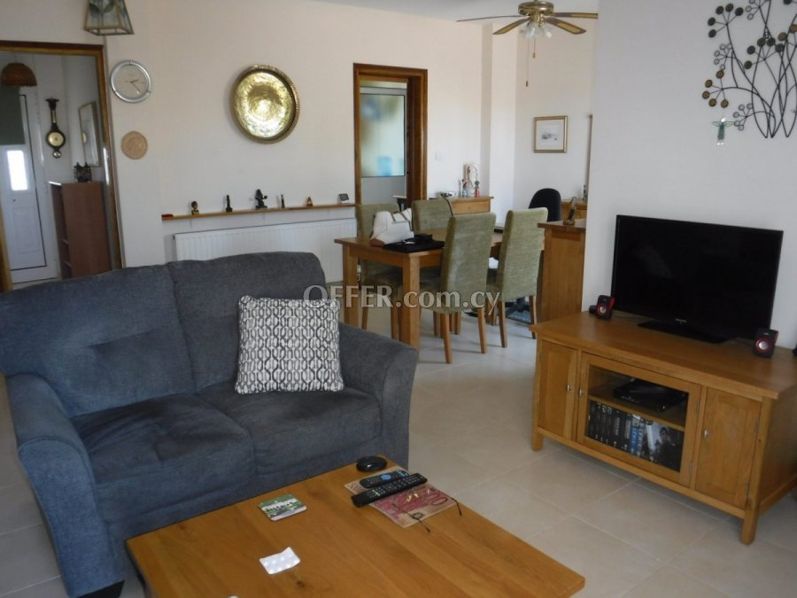 Three bedroom bungalow for sale in Koili - 4