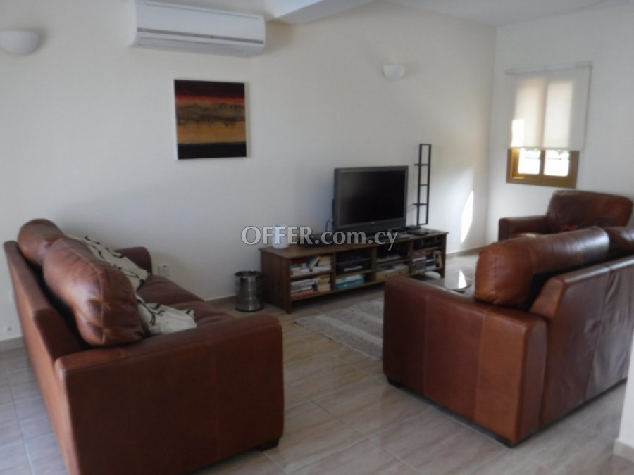 Three bedroom townhouse for sale in Mesogi - 2