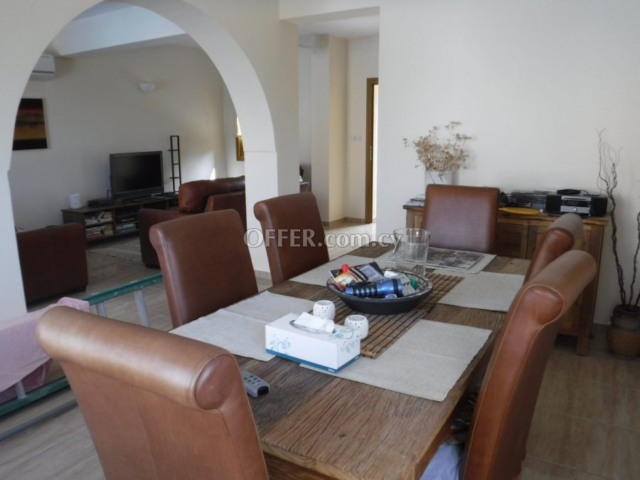 Three bedroom townhouse for sale in Mesogi - 4