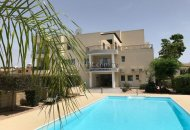 Two bedroom apartment for sale in Kato Paphos