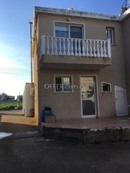 Two bedroom townhouse for sale in Chloraka