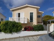 Three bedroom villa for sale in Peyia