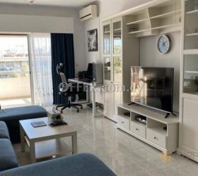 3 Bedroom Apartment in Neapoli