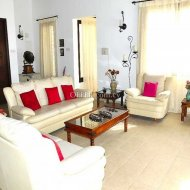 Three bedroom villa for sale in Coral Bay Peyia - 8