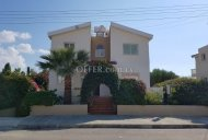 DETACHED HOUSE IN CHLORAKA 200M TO THE BEACH