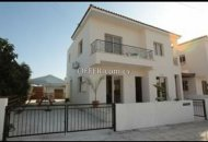 3 Bedrooms Detached House in Timi village