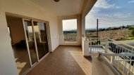 4 Bedrooms 2 Bathrooms Whole floor Apartment in Emba-Petridia
