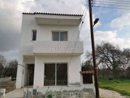 Three bedroom townhouse for sale in Tremithousa