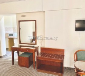 Studio city Centre furnished TV, Wi-Fi, Hotwater, electricity all bills included - 6