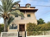 House In Geri For Sale