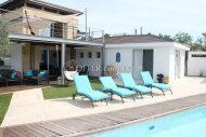 Five bedroom villa for sale in Sea Caves