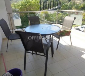 1 Bedroom apartment with lovely views furnished